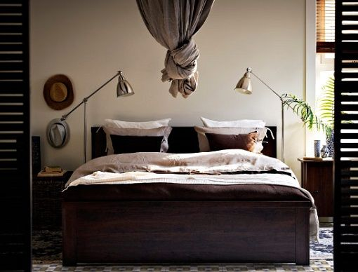 die besten 25 brusali bett ideen auf pinterest ikea bett berwurf rote bettw sche sets und. Black Bedroom Furniture Sets. Home Design Ideas