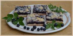 Kynutý koláč s borůvkami a drobenkou
