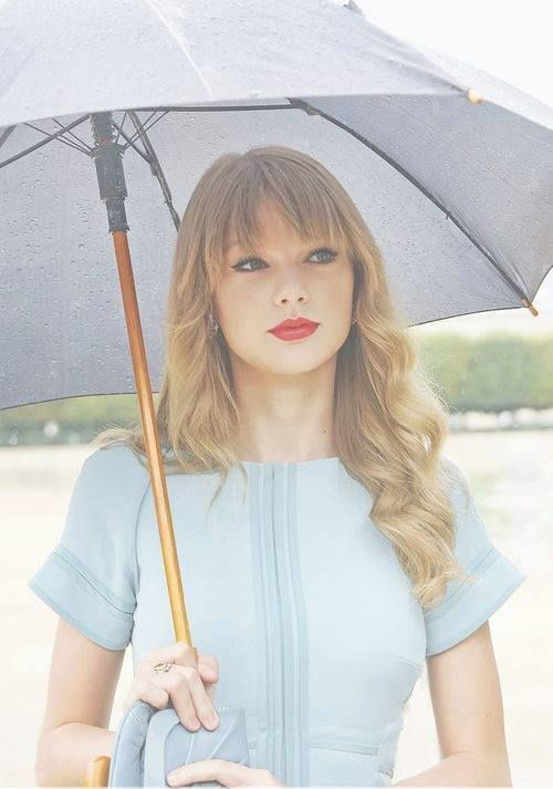 Day 15 Least favorite song by Taylor Swift: Sad Beautiful Tragic, I still like it though.