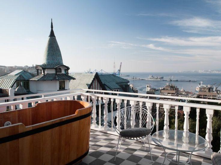 Best New Hotels Under USD 300: Palacio Astoreca - Valparaíso, Chile | Condé Nast Traveler - May 2013