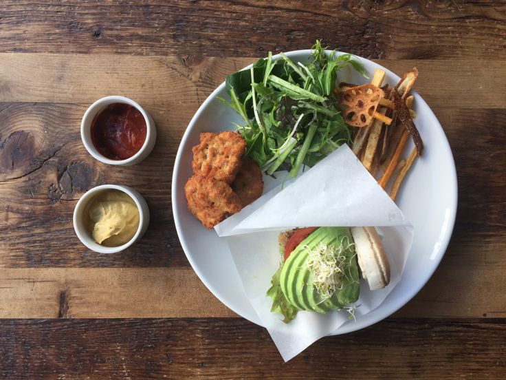 VEGAN Burger |ORGANIC TABLE BY LAPAZ | Vegan cafe in Tokyo.ラパス