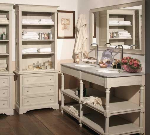 Rustikální kolekce nábytku do koupelny od  společnosti Bianchini, více na: http://www.saloncardinal.com/bianchini-644