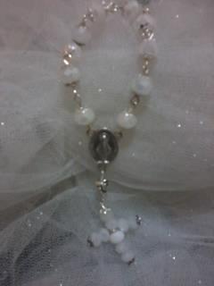 rosario realizzato a mano .