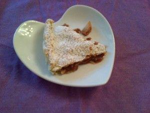 LA CROSTATA DI PERE E CIOCCOLATO DI COURMAYEUR - Qui la #ricetta #BlogGz: http://blog.giallozafferano.it/assaggidalmondo/la-crostata-di-pere-e-cioccolato-di-courmayeur/ #GialloZafferano #dolce #crostata #torta #cioccolato