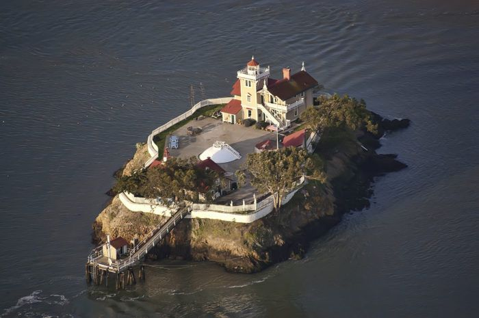 The East Brother Light Station has been an active lighthouse in San Rafael Bay, near Point San Pablo in Richmond, California, since 1874.
