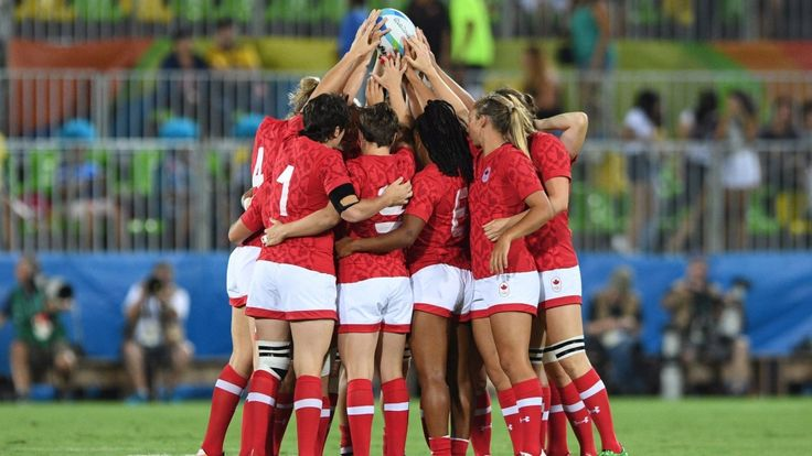 Members of Canada's women's rugby sevens team huddle before bronze medal game action against Great Britain at the 2016 Rio Games in Rio de Janeiro, Brazil on Monday, Aug. 8, 2016. THE CANADIAN PRESS/Sean Kilpatrick