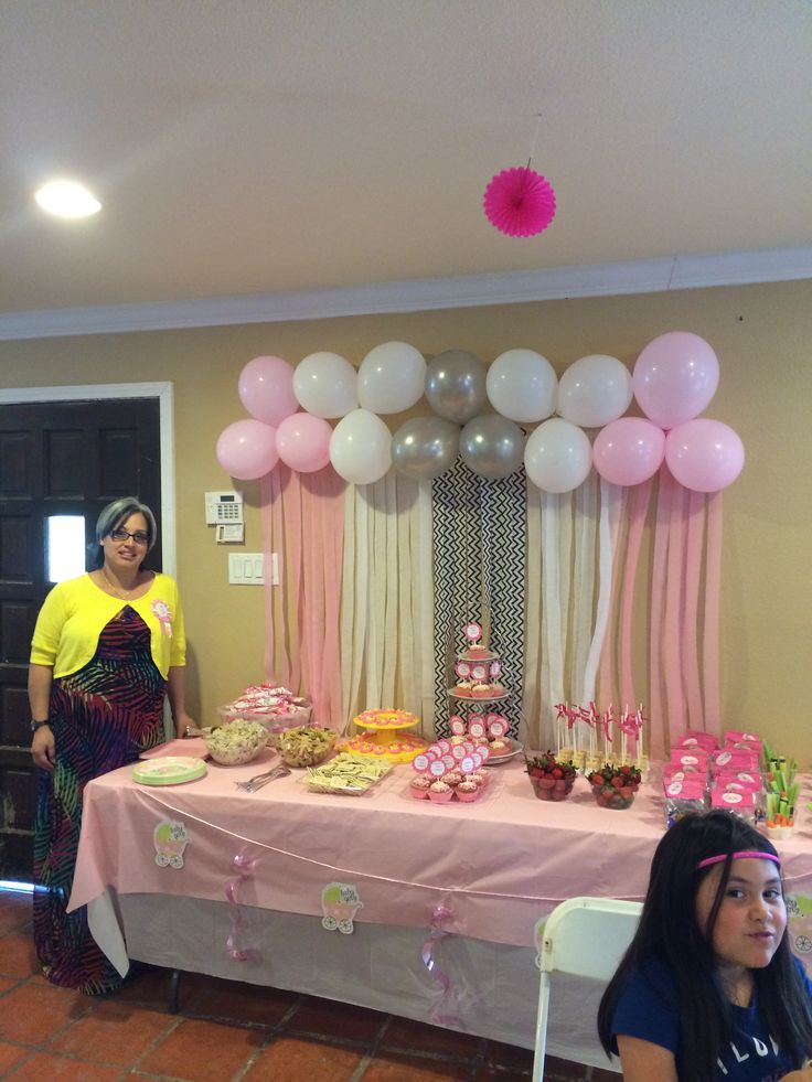 109 best images about baby shower ideas on pinterest for Baby girl baby shower decoration ideas