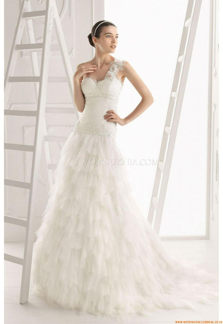 124 best images about wedding dresses aire barcelona on for Barcelona wedding dress designer