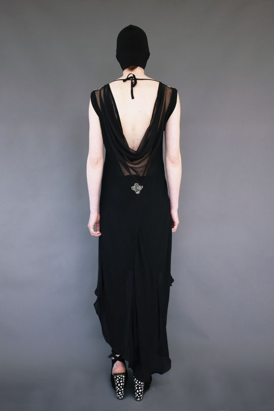Οblique silk dress with open back www.maurizio.gr