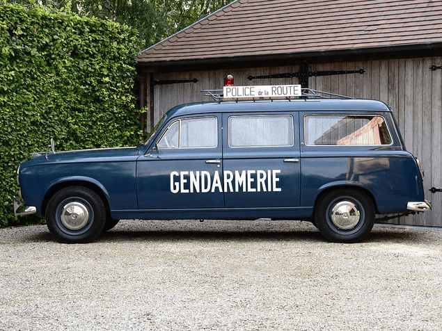 #Peugeot #403 #Break #Gendarmerie
