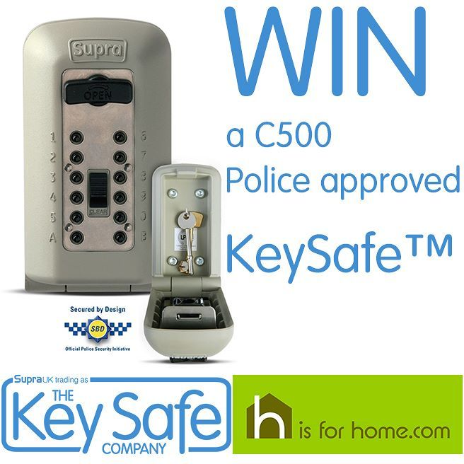 #Win a Key Safe Company outdoor key safe with @hisforhome Click on the link to enter http://4ho.me/KySafe . . . #competition #competitions #giveaway #HomeSecurity #security #safe #safety #contest #instagiveaway #ukgiveaway #prize #prizes #winner #freebies #ukcompetition #instagood