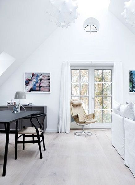 The Home of a Curator - NordicDesign