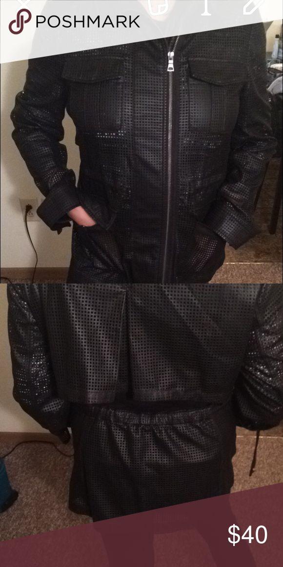BCBGmaxazria coat large Beautiful coat! Has a large decorative slit in the back! Size large! BCBGMaxAzria Jackets & Coats
