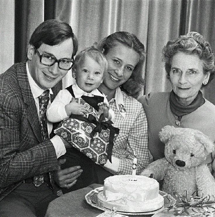 Earl Of Ulster Wedding: 60 Best Duke And Dutchess Of Glouchester Images On Pinterest