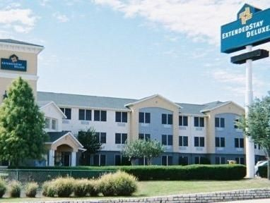 Austin (TX) Extended Stay America - Austin - Northwest - Research Park United States, North America Extended Stay America - Austin - Northwest - Resea is a popular choice amongst travelers in Austin (TX), whether exploring or just passing through. The hotel has everything you need for a comfortable stay. To be found at the hotel are free Wi-Fi in all rooms, 24-hour front desk, facilities for disabled guests, car park, family room. Each guestroom is elegantly furnished and equi...