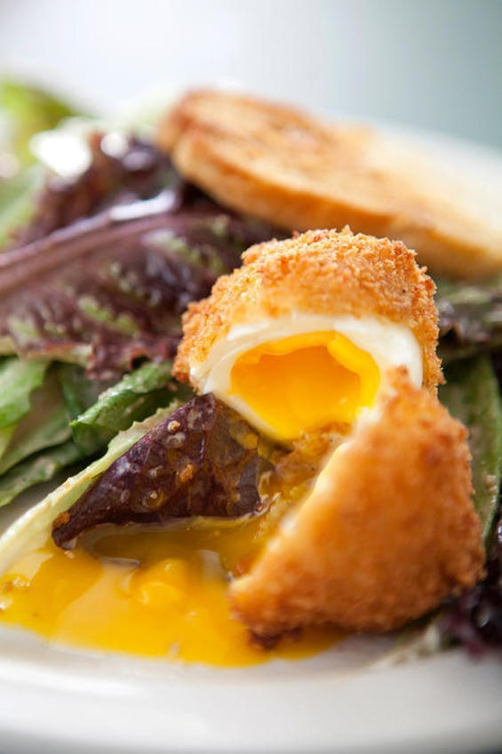 Um...wow.  Chicken-fried egg Caesar at Union Bear. One of 10 dishes to ABSOLUTELY DEVOUR in Dallas.Soft Boiled Eggs, Dallas Observation, Union Bears, S'More Bar, 10 Dishes, Bears Bring, Chicken Fries Eggs, Eating, Bring Farms To T
