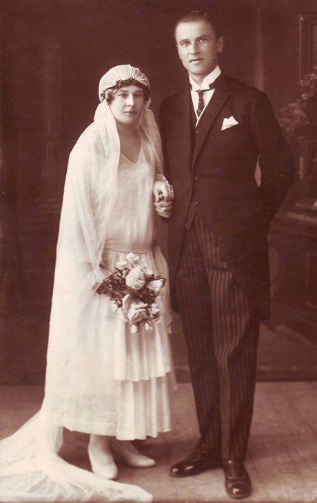 Vintage lithuanian wedding photo. Beginning of the XX th century.