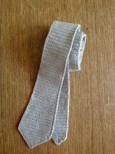 Suvi's Crochet: Skinny Tie It's shape is based off of a vintage skinny tie from my husband's collection.