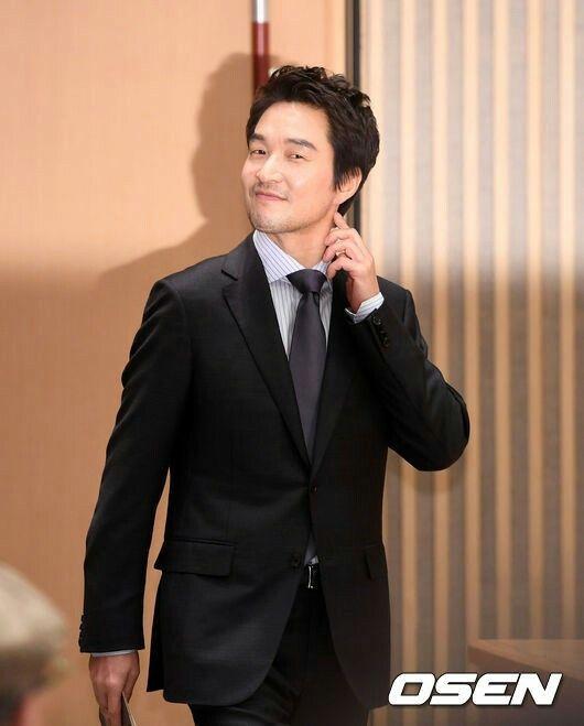 """Romantic Doctor, Teacher Kim """""""