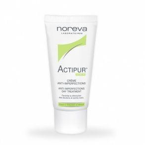 L'Actipur Matifiante s'utilise pour les types de peaux atopiques. La composition vitaminée de cette crème de beauté permet de stopper l'apparition et le développement des taches noires et des acnés sur le visage. Elle empêche la multiplication d'impuretés produites par le sébum et rend la peau plus propre. Toutes les marques gênantes disparaissent en peu de temps.Faites peau neuveActipur anti-imperfections matifiante est recommandée pour ses effets multiples. Elle aide à éliminer les…