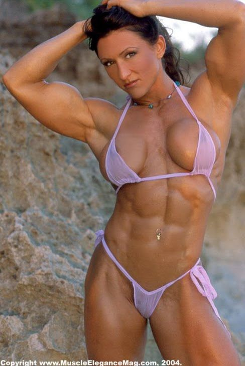 hot neked bodybuilding girls