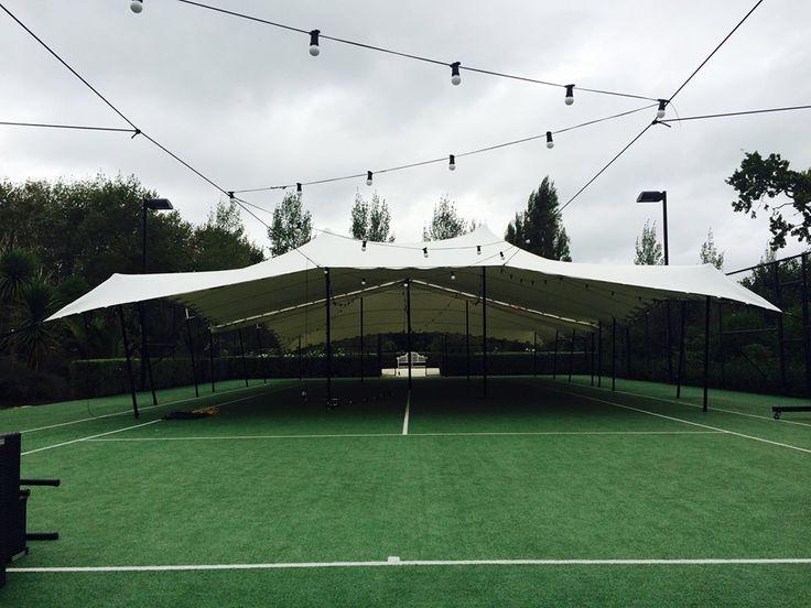 tennis court wedding rig