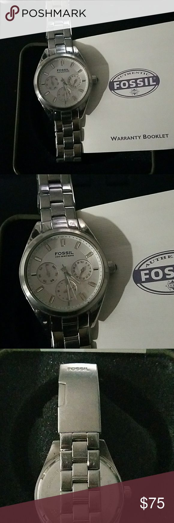 Silver, Stainless steel, Fossil boyfriend watch This is a nice Fossil boyfriend watch. It has the date and time. It needs a battery as i haven't worn it in years. Fossil Accessories Watches