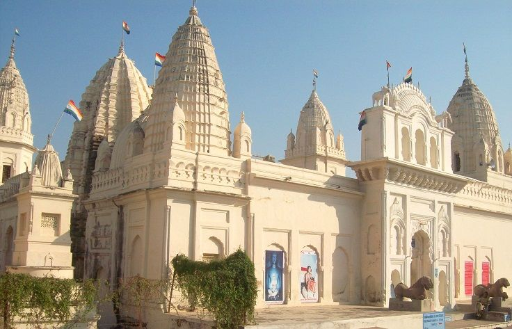 Entrance Gate of Parsvanatha Jain temple in Khajuraho. It is the largest Jain temple in Khajuraho.