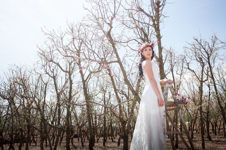 Spring inspired bridal styled shoot at Die Boskapel wedding   I love spring blossoms. Here's some bridal inspiration for you all