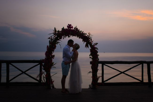Liesl le Roux Photography_Wedding day couple shoot, Zanzibar, beach wedding, sunset