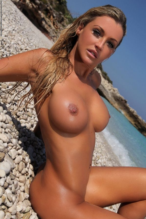 naked-american-sexy-girls-at-beach-limey-homo-orgy
