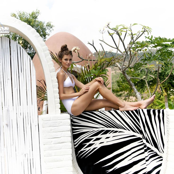 Island love from our latest shoot Styled by Jane Frosh & Lucy Tweed / Photography Katren Sudek.   Maui Round Beach Towel $89. www.lovinsummer.com.au
