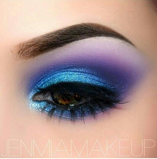 #eyemakeup #purple&blue #glitter #pretty #colourful
