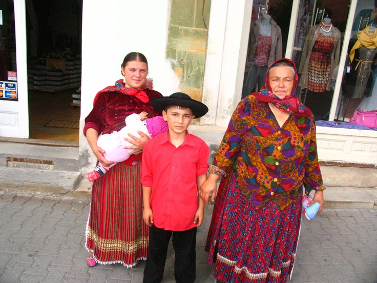 Romanian gipsies are fewer and fewer in Romania. Nowadays they fled in all Europe, including Norway, making a very bad publicity for the other inhabitants.