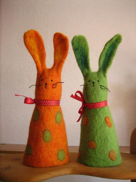 Wet felted finger puppet bunnies