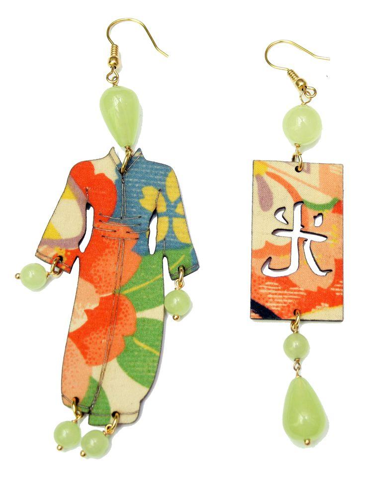Orecchino Kimono - antiche sete di kimono giapponesi applicate su legno con elementi in ottone galvanizzato oro
