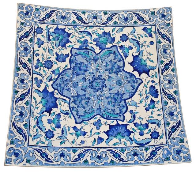 Plate in İznik Pottery Style by İpek Tanyaş, via Flickr