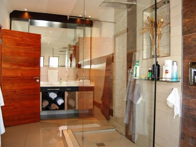 Double sided entrance shower, for him and her - stunning bathroom! 4 bedroom House for sale in Homes Haven