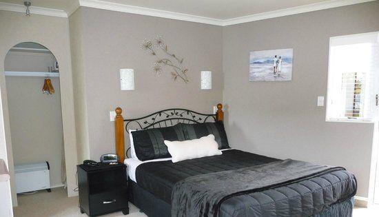 You should book your accommodation Mount Maunganui in advance which is tired and test way to ensure that you are likely to secure the accommodation of your choice. And best part is you don't need to worry about room to be sold out when you reach there.
