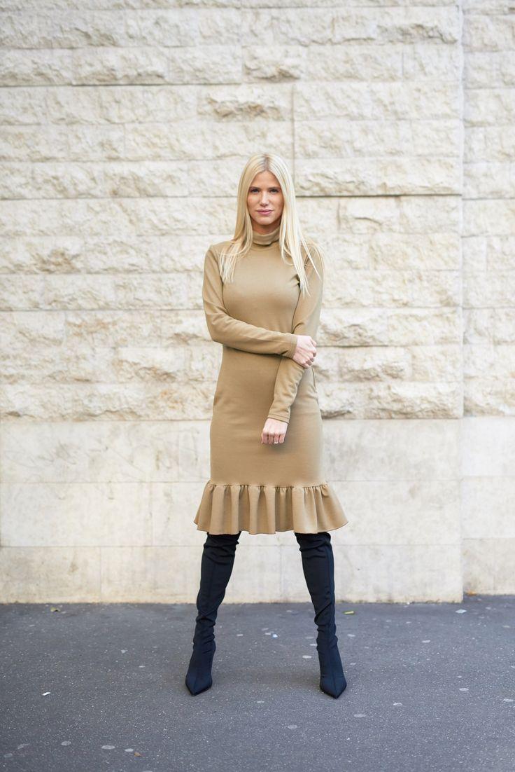 kötött-ruha-nude-winter-dress-knitted