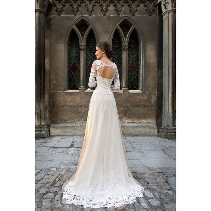 Danica - dlhé úzke svadobné šaty s rukávmi a krémovou sukňou