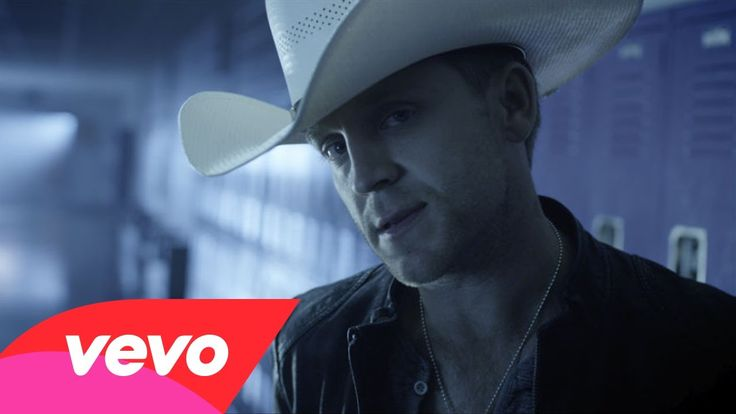 Justin Moore - Lettin' The Night Roll My Absolute Favorite song EVER! Idk why though!