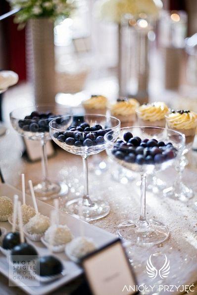 15. Platinum Gold Wedding, Sweet buffet, Sweet buffet ideas / Platynowo złote wesele, Słodki bufet, Anioły Przyjęć