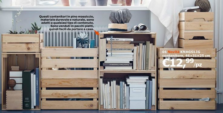 Libreria fatta con cassette Knagglig di Ikea