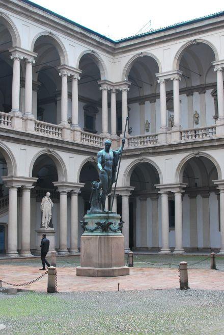 ブレラ美術館 ミラノ旅行・観光のおすすめスポットを集めました。