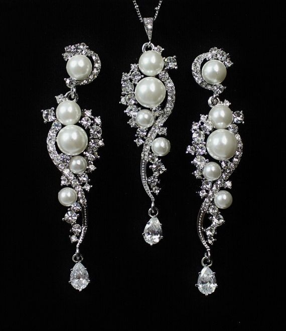 Bridal Jewelry Set, Chandelier Earrings and necklace, Crystal Rhinestone and Pearl Wedding Jewelry Set,, TILLY Be Frosted