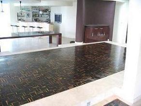 Ebony flooring with 100% sapwood – A large dining room