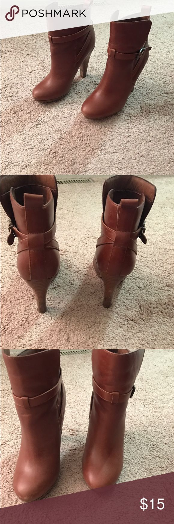 Aldo boots Aldo boots, tan, unsure if size 6.5 or 7, heavily worn, comfortable Shoes Ankle Boots & Booties