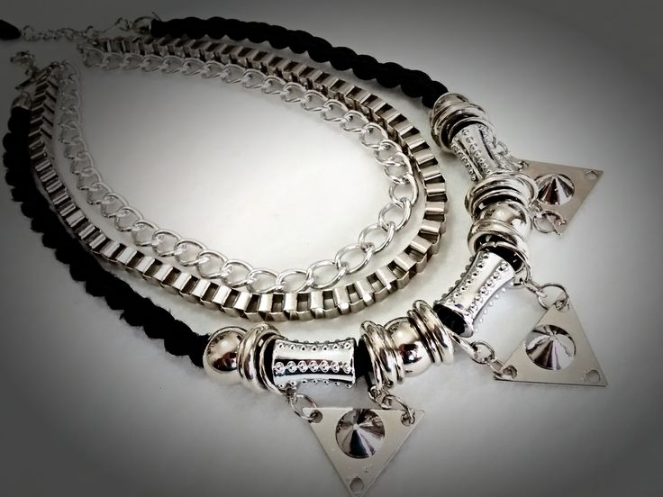 Collar plateado/negro 3 puntas SC-