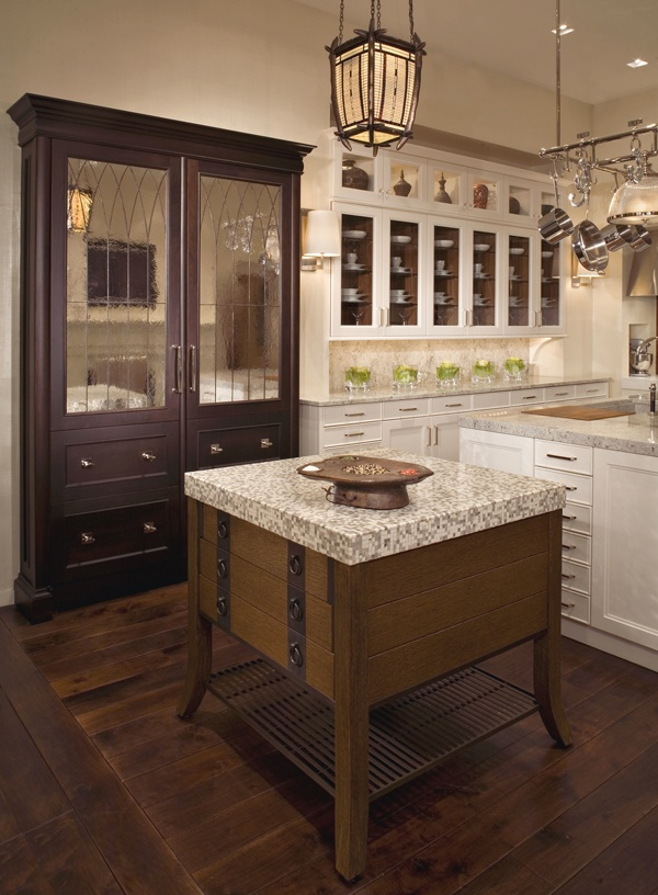 73 best images about kitchen on pinterest islands for Kitchen cabinets that look like furniture